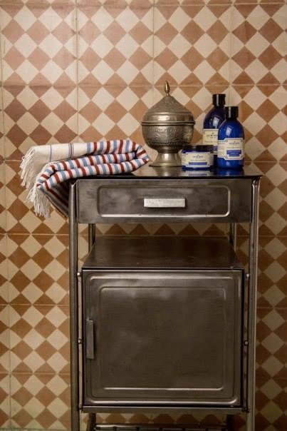 apt2_012_bathroom4