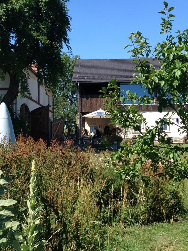 view_garden_house